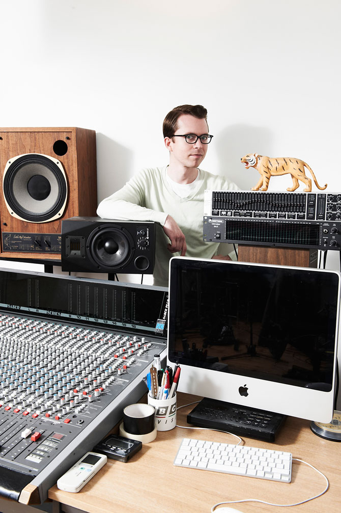 TOM VEK for NME Magazine